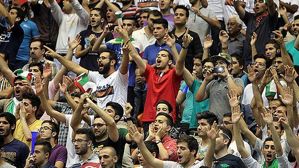 کامیابی تیم والیبال ایران و ناکامی تماشاگران زن