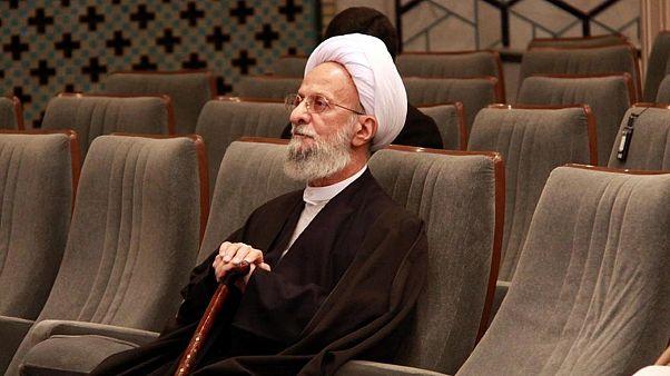واکنش مصباح یزدی به هاشمی: تحریف امام، تبدیل دارو به سم است