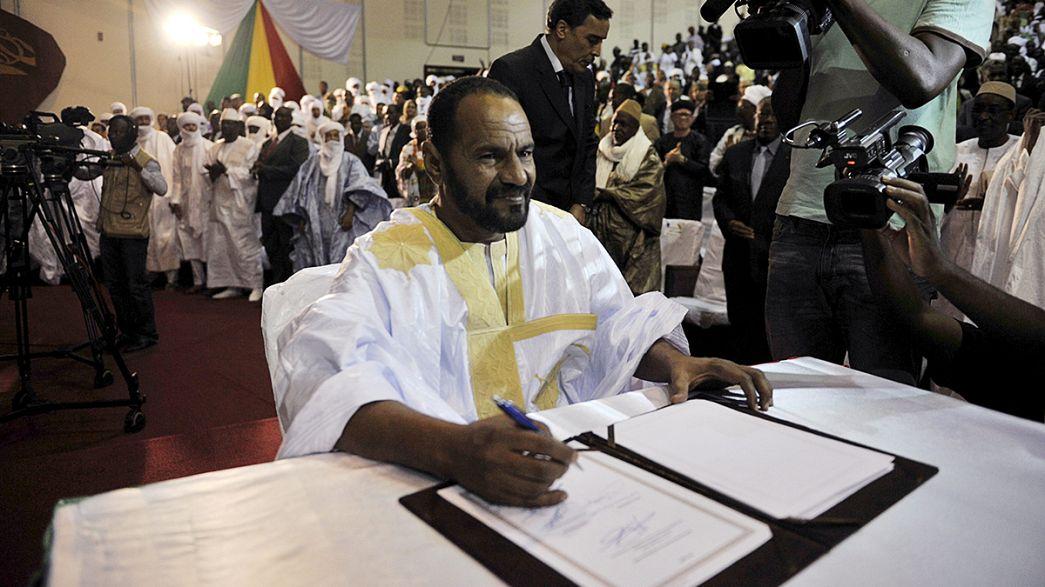 Tuareg-Aufständische in Mali unterzeichen Friedensabkommen