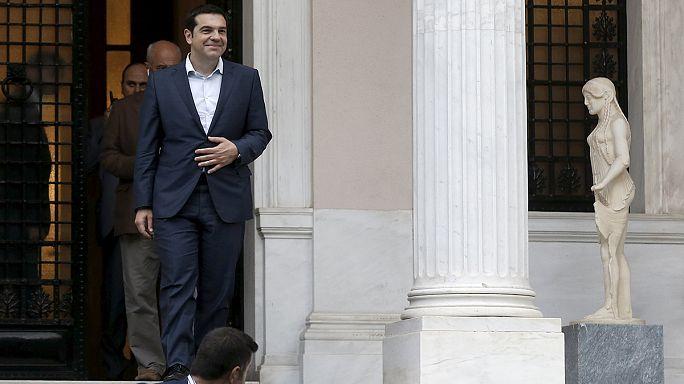 La Grèce suspendue au sommet de la zone euro à Bruxelles