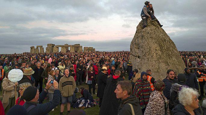 Stonehenge-nél ünnepelték az év leghosszabb nappalát