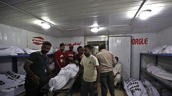 Pakistan'da sıcak hava dalgası 122 can aldı