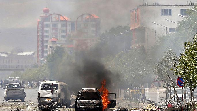 Afgan meclisine Taliban saldırısı