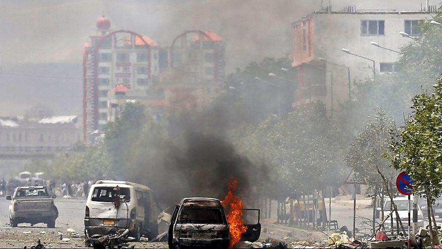 Afghanistan : les talibans font feu sur le parlement