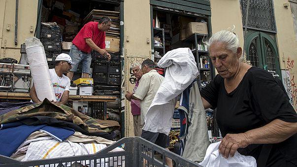 قلق في الشارع اليوناني بانتظار قمة بروكسيل