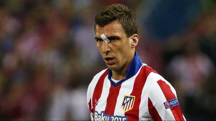 Football : Mandzukic change de rayures