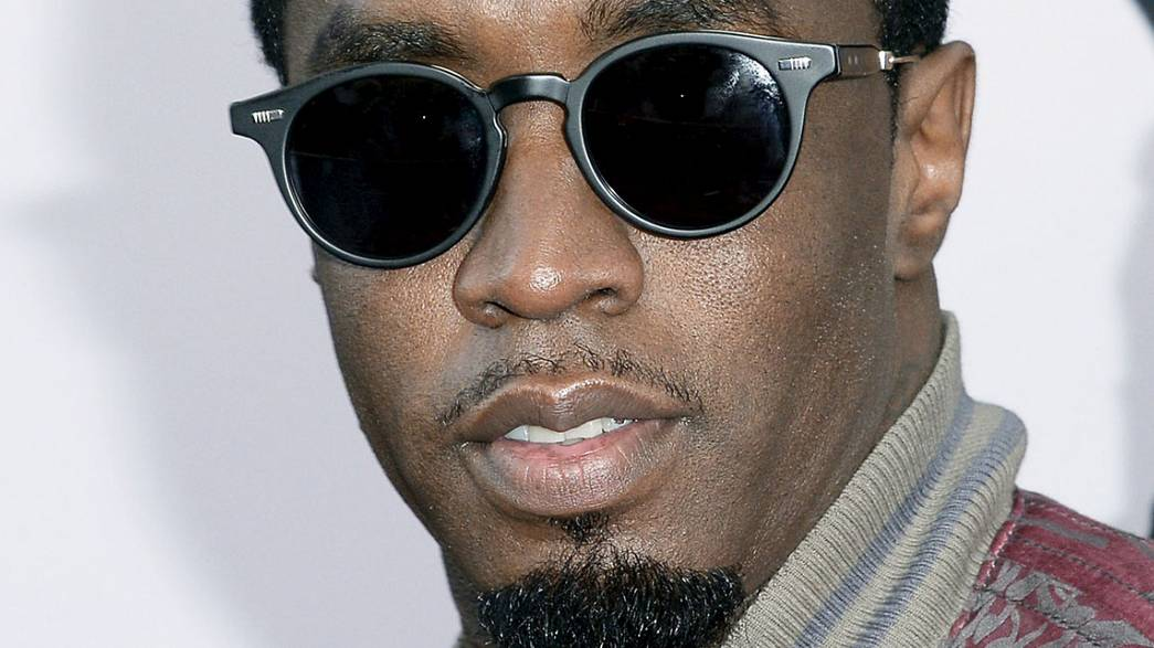 Rapper P. Diddy arrested after 'gym weight attack'