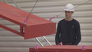 Endüstriyel yük taşımacılığında yeni adım kablolu robotlar