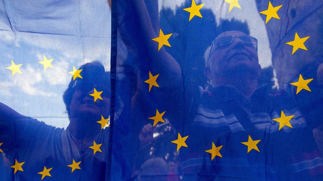 """سكان برلين وباريس لـ """"التضامن مع اليونان"""""""