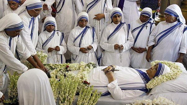 India mourns the death of Mother Teresa's successor, Sister Nirmala Joshi