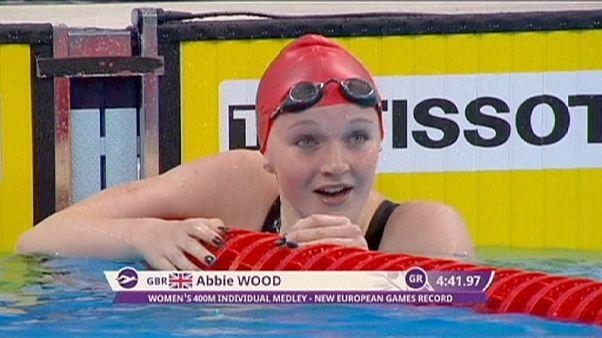 Avrupa Oyunları: İngiltere yüzmede podyumun zirvesinde