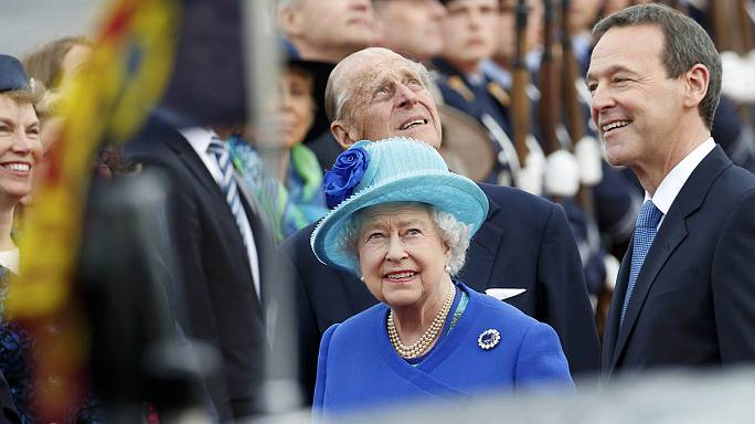 La reina de Inglaterra visita Alemania
