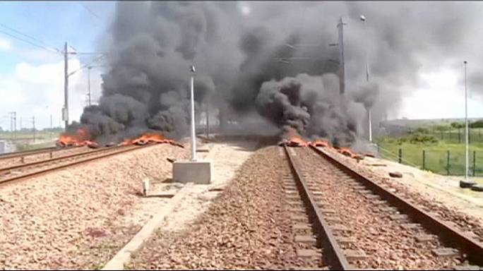 """Блокада Ла-Манша: туннель открыли, но """"Евростары"""" не ходят"""