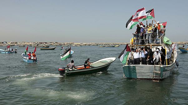 Még egy európai kikötőben vesztegel a gázai segélyflotta