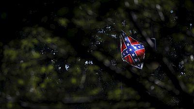 La cadena de supermercados Walmart retirará de la venta la bandera confederada