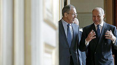 Außenminister fordern Waffenstillstand in der Ostukraine