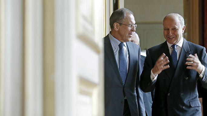 La France et l'Allemagne s'inquiètent de la situation en Ukraine