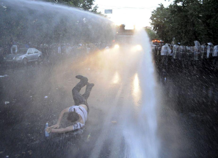 Arménie : manifestation contre la hausse du prix de l'électricité