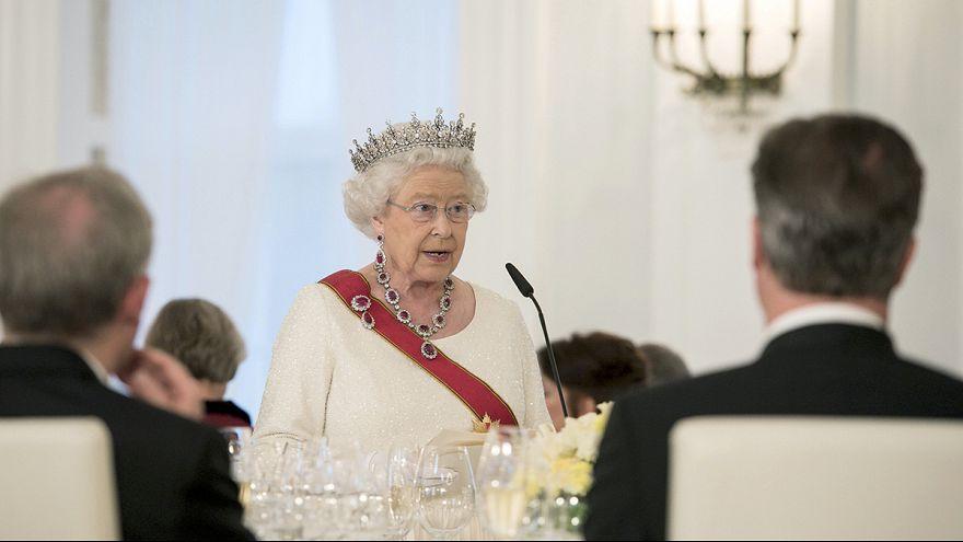 """La reina Isabel II de Inglaterra habla del riesgo de """"división"""" en Europa durante su visita a Alemania"""