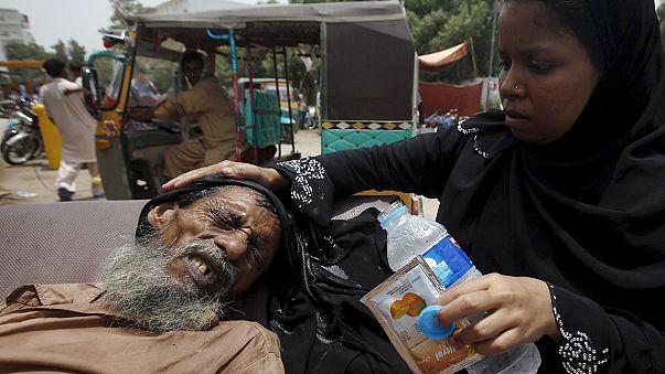 مقتل أكثر من ألف شخص جراء موجة الحر في باكستان