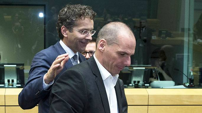 وزراء مالية مجموعة اليورو مستمرون بمناقشة مسألة الديون اليونانية