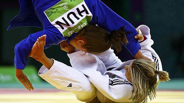 Bakü'de Muhammed Ünlü bronz, Ebru Şahin gümüş madalya kazandı