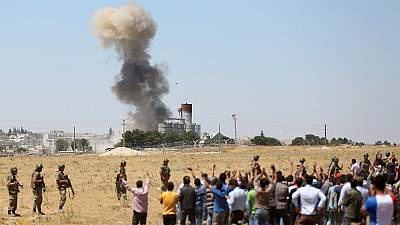 Angriff auf Kobane: Kurdenpartei HDP wirft Ankara IS-Unterstützung vor