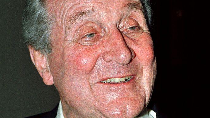 İngiliz aktör Patrick Macnee 93 yaşında hayata veda etti