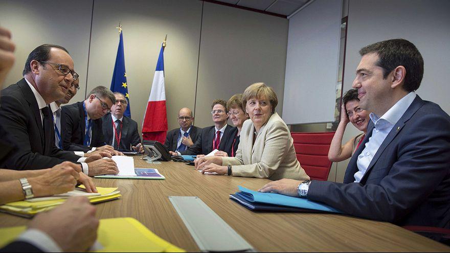 Tsipras, Merkel e Hollande reúnem-se em Bruxelas
