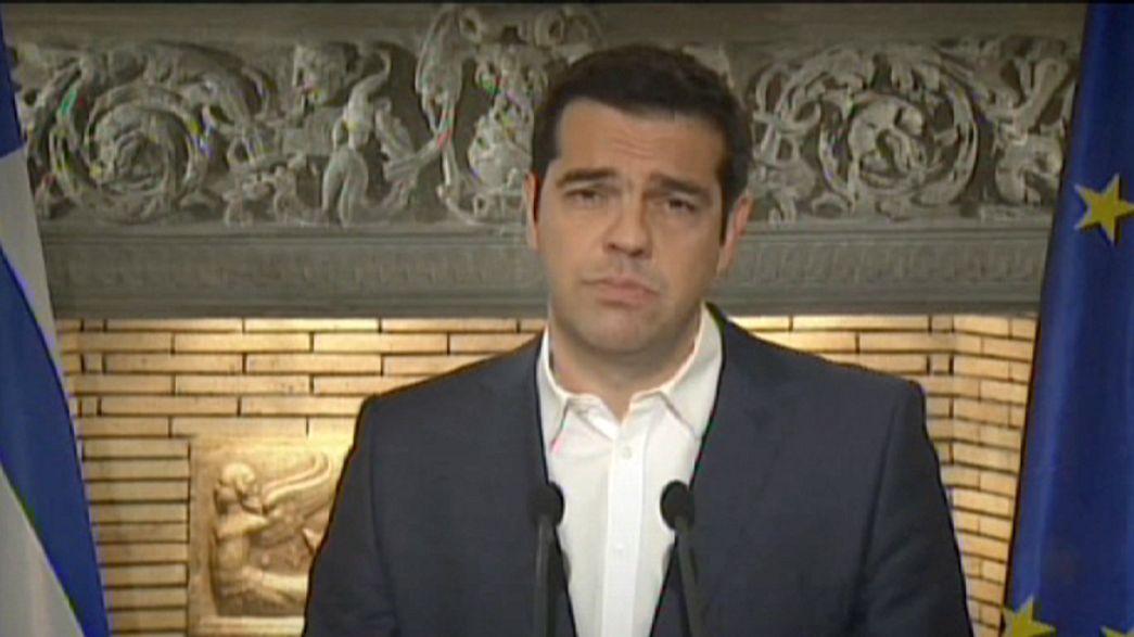 Tsipras annuncia un referendum sul piano di salvataggio.