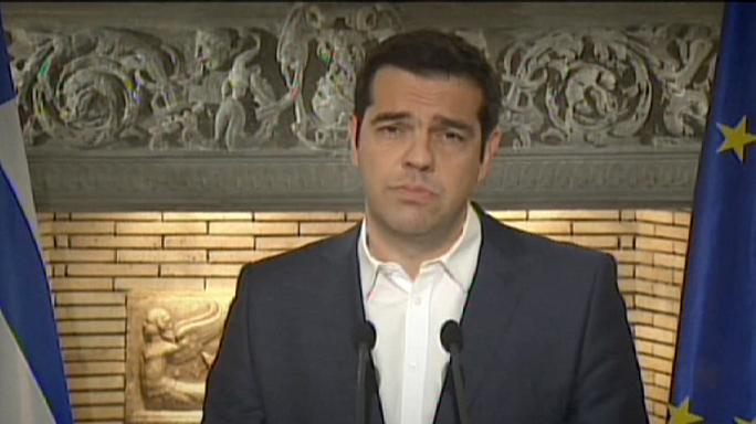 Greek debt crisis: Tsipras calls for referendum on bailout deal offer