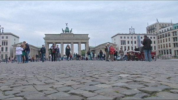 Annonce d'un référendum en Grèce : réactions dans les rues de Berlin