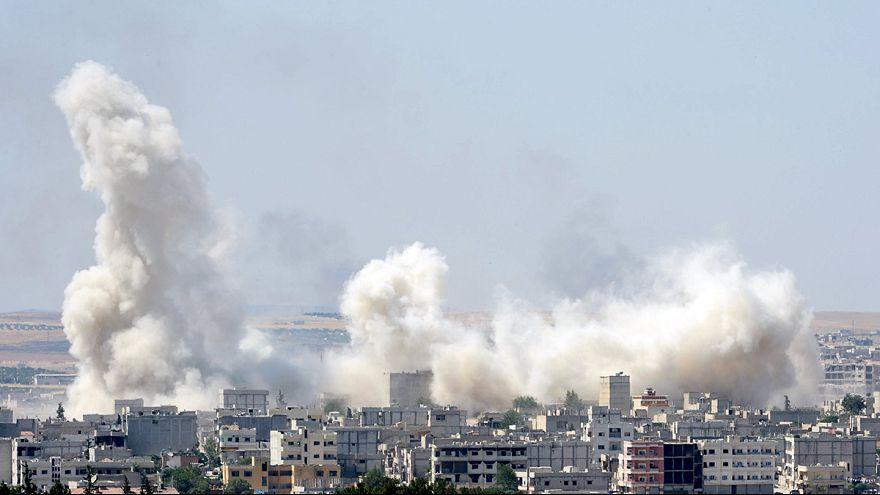 نیروهای کرد سوریه پیکارجویان داعش را از شهر مرزی کوبانی عقب راندند
