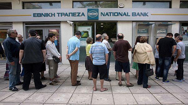 Nuova corsa dei greci ai bancomat