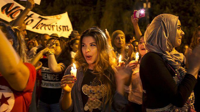 Manifestações contra o terrorismo na Tunísia