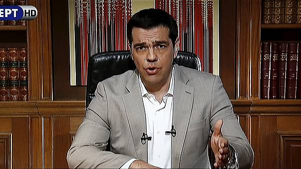 Greek banks, stock exchange will not open on Monday, Tsipras announces