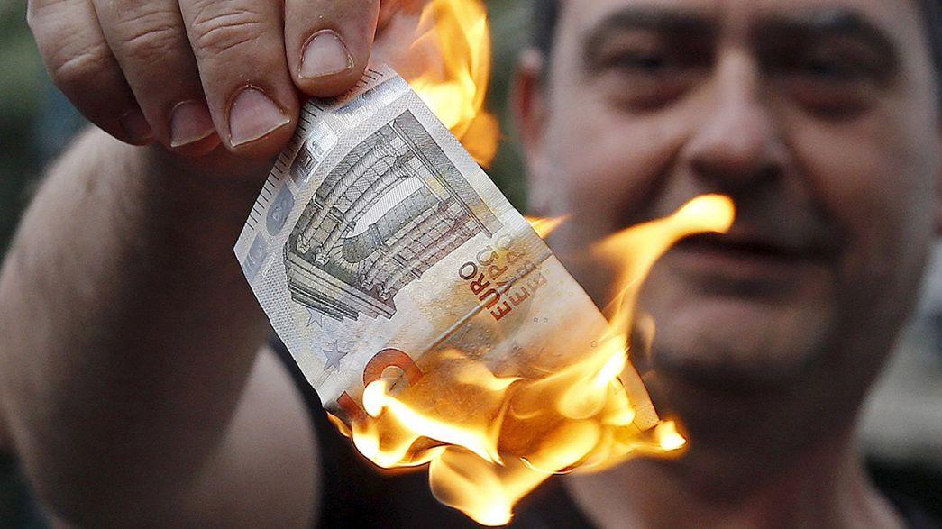 Manifestação em Atenas contra credores pede saída da Zona Euro