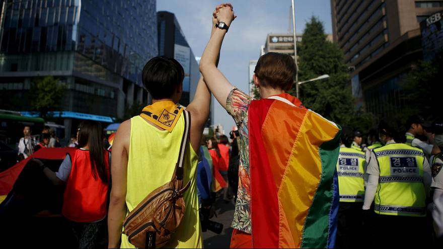 """Orgulho gay"" nas Filipinas e na Coreia do Sul"