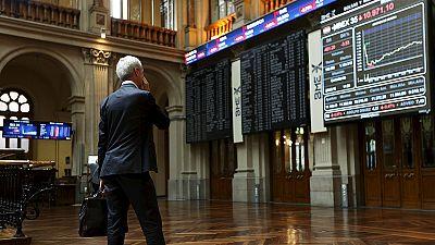 Las bolsas europeas caen un 4% y el mercado de la deuda soberana vuelve a tensarse