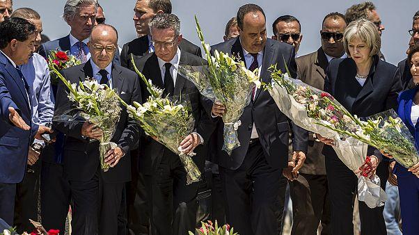 Tunísia: Ministros homenageiam vítimas de Sousse