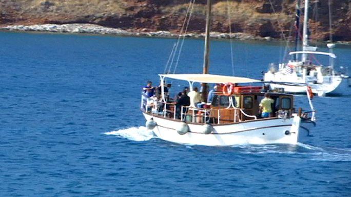"""القوات البحرية الإسرائيلية تعترض سفينة مشاركة في """"أسطول الحرية ثلاثة"""" المتجه إلى قطاع غزة"""