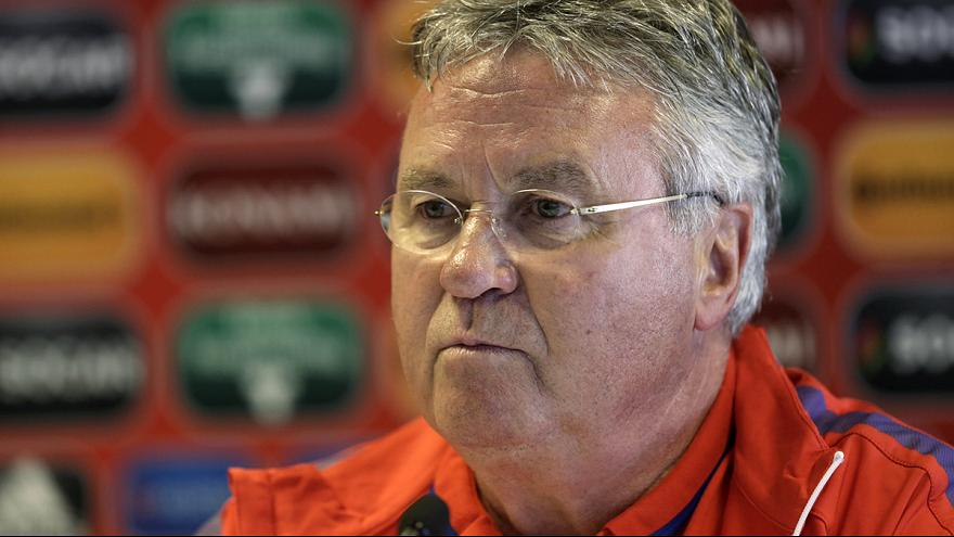 Hiddink steps down as The Netherlands coach