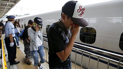 Japan: A man sets himself alight on a bullet train – nocomment