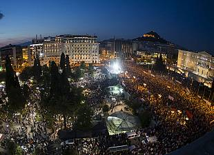 Thousands Greeks demonstrate against austerity