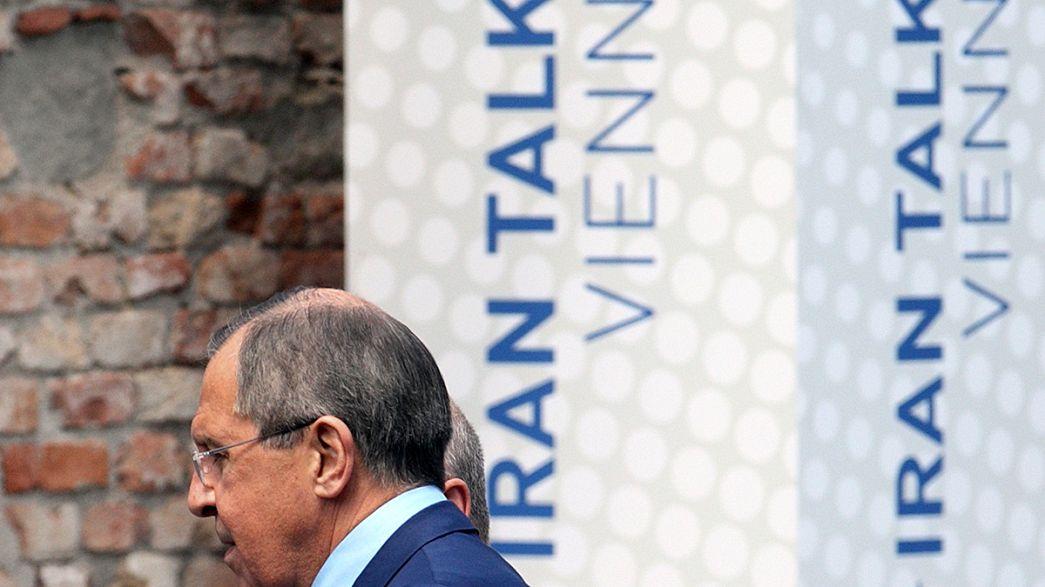 Irán y las potencias mundiales extienden el plazo para llegar a un acuerdo nuclear