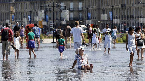 Afrikai forróság tombol Európa nyugati felén – mi sem ússzuk meg