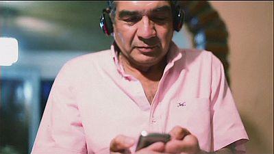 Applicazione smartphone per problemi di udito