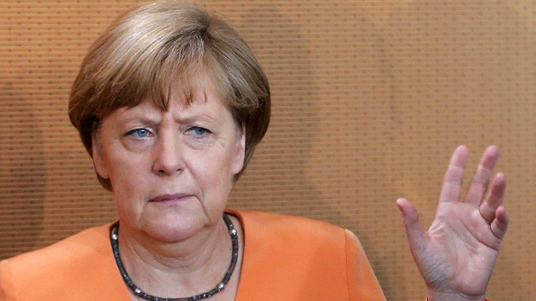 """Merkel: """"Referandumdan önce müzakere olmaz."""""""