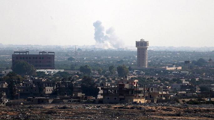 Египетская армия контролирует обстановку на Синае после серии терактов