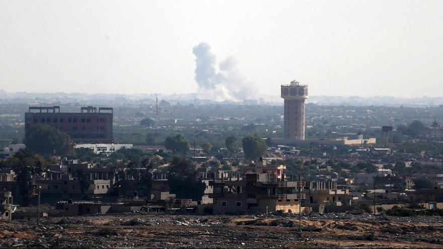 Egyptian army drives back Islamist fighters in Sinai